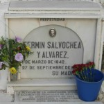 Lápida de Fermín Salvochea en el Cementerio de San José de Cádiz